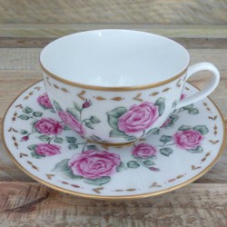 Tea cup porcelain farandole...