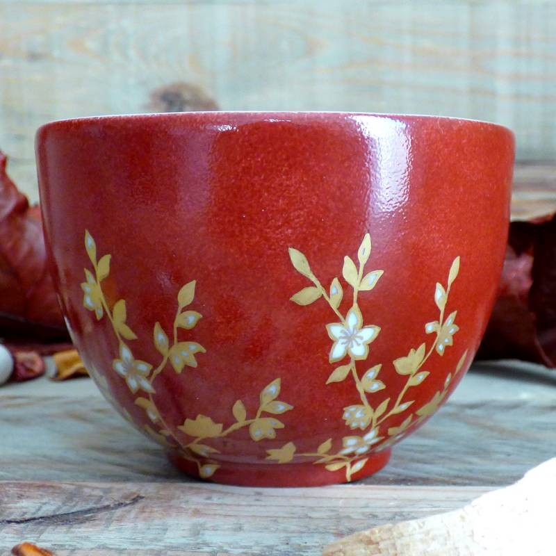 bol thé porcelaine décor fleurs du japon rouge et or