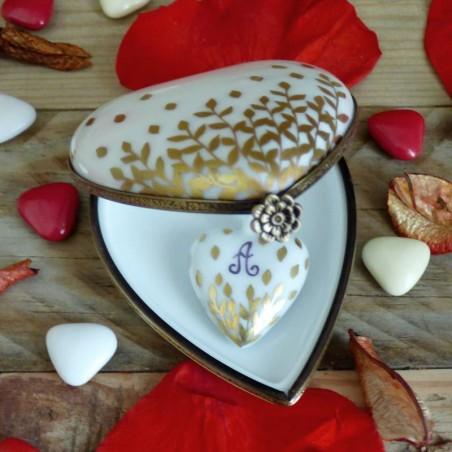 boite et pendentif cœur porcelaine décor feuilles d'or à personnaliser