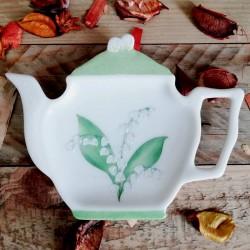repose sachet de thé forme théière décor muguet