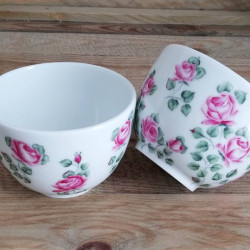 Small porcelain tea bowl...