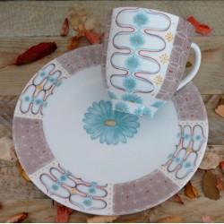 Tasse mug et son assiette assortie esprit vintage