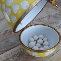 boite oeuf porcelaine diffuseur parfum muguet