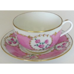 tasses porcelaine service à café décor roses et or