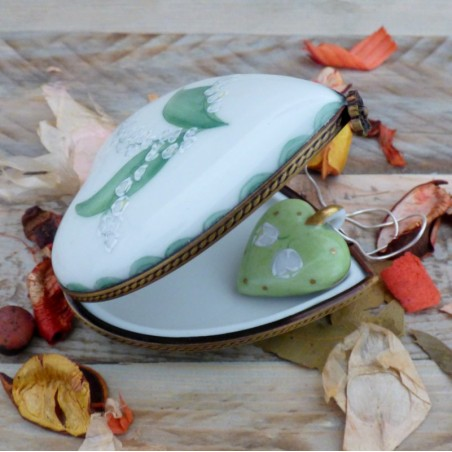 Porcelain heart box and necklace lily of the valley