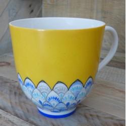 grande tasse porcelaine Orient bleu et jaune