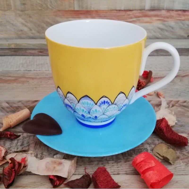 grande tasse mug porcelaine bleu azur et jaune soleil