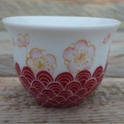 Tasse thé porcelaine japonais fleurs de prunier