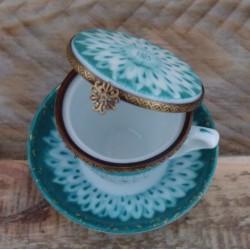 tasse thé porcelaine fine France boite à bijoux