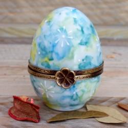 Egg box baby gift blue green