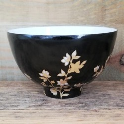 Porcelain small tea bowl...