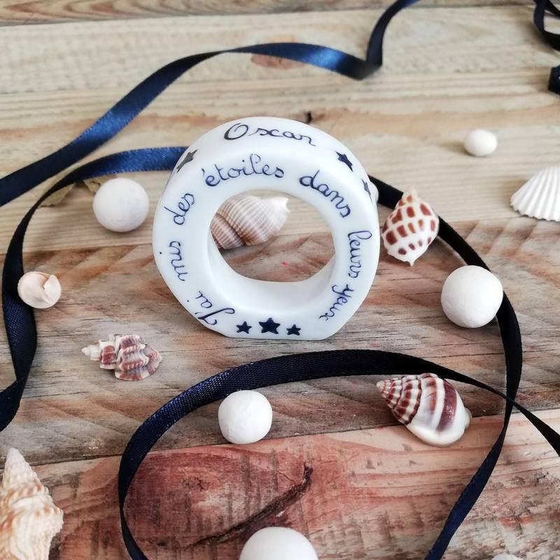 Lettre porcelaine initiale prénom et texte personnalisé - cadeau de naissance