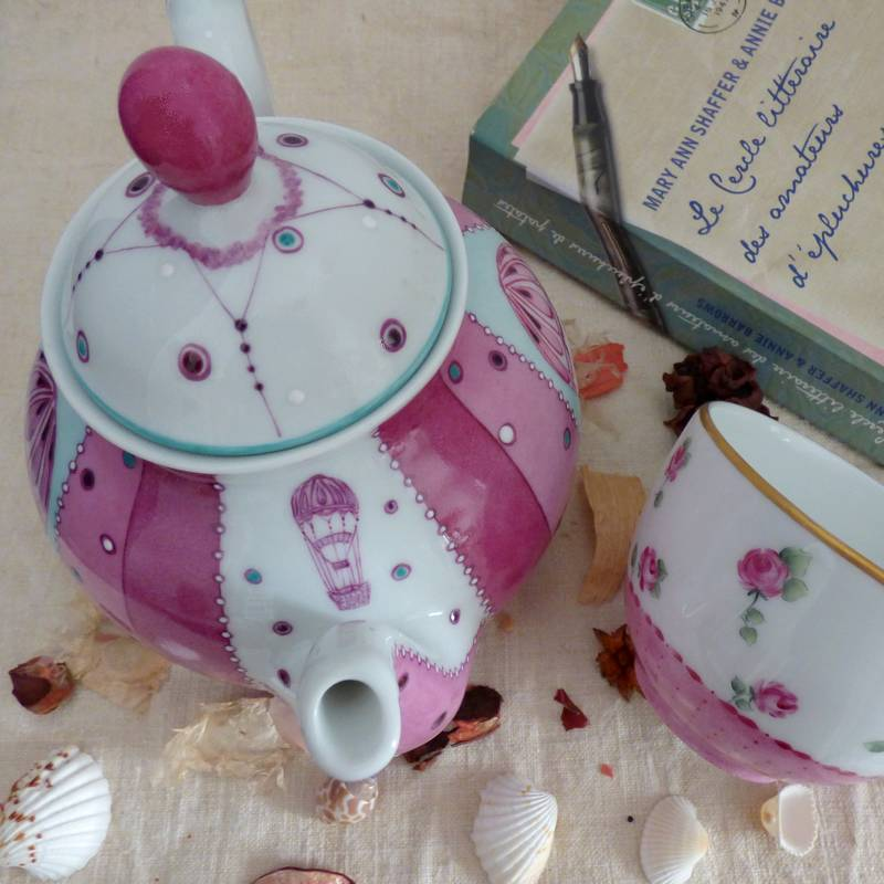 teapot limoges porcelaine with hot air balloon
