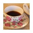 Quand nos clients nous envoient une photo pour dire leur plaisir d'un café dans une tasse en porcelaine. #happytime #porcelainedelimoges #bonweekend #instantzen #dansmabulle #rosescoffeecup