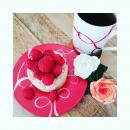 Un samedi comme on les aime... La question est délicate. Craquer pour un dessert fabuleusement bon de chez @aurelienartisanpassionne (mais léger et frais, oui ce ne sont que quelques framboises... 😉) ou passer au café et son petit chocolat.. Perso j'avoue mon choix est fait je me garde le petit chocolat pour 16h, il faut bien avoir une raison de lacher ses pinceaux et faire une pause. #mugcafe #coffeemugaddict #redcoffeemug #porcelainedelimoges #artisanatdart #frenchporcelain #styleoflife #nocesdeporcelaine #porcelainerouge #artdevivre #plaisirdelavie #angers