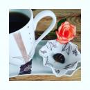 On a dit 16h c 'est la pause chocolat.... Yuzu mandarine @aurelienartisanpassionne... de retour du marché c' est obligé... Du coup on change de décor pour une ode au chocolat avec une collection créée en découvrant @erithajchocolat #passionchocolat #chocolat #mugporcelaine #fevedecacao #chocolatchaud #nocesdeporcelaine #metierdart #angers