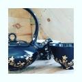 Prêt pour un élégant tea time?  La collection noire est or bientôt prête pour se montrer sous son plus beau jour samedi à l exposition au #chateaudupin #porcelain #frenchporcelain #theiere  #porcelainteapot #porcelainedelimoges