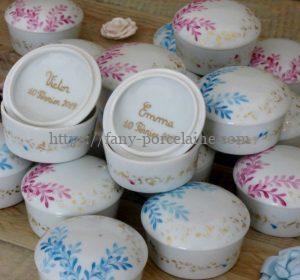 boite dragées cadeau personnalisé naissance ou baptême en porcelaine