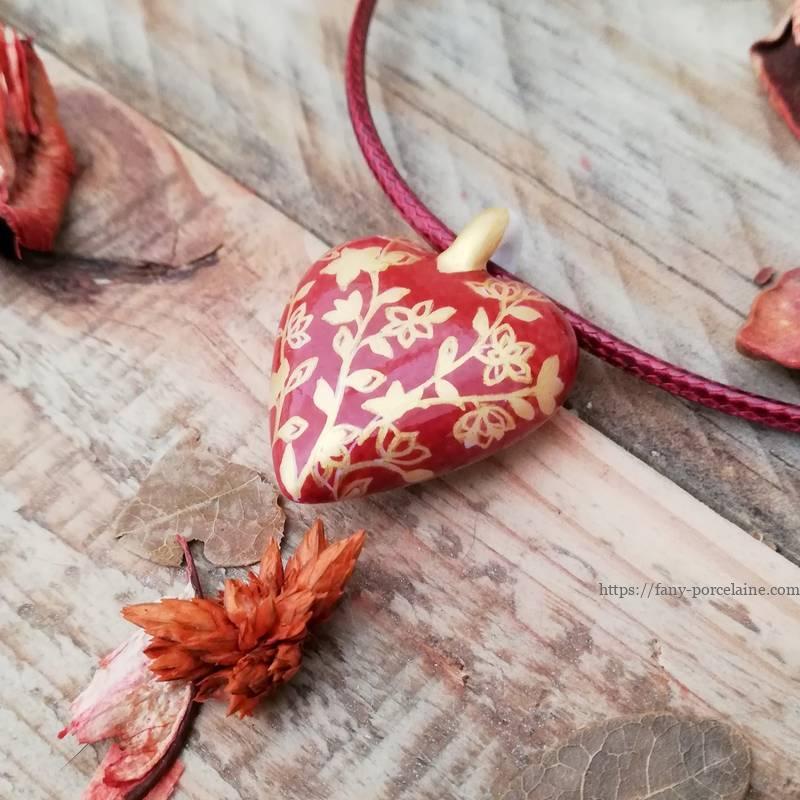 Collier coeur porcelaine -cadeau noces de porcelaine rouge et or