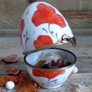 oeuf porcelaine décor noces de coquelicot rouge passion
