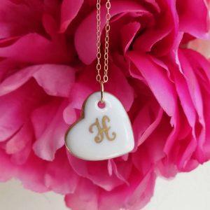 collier coeur de porcelaine décor initiale or - Limoges