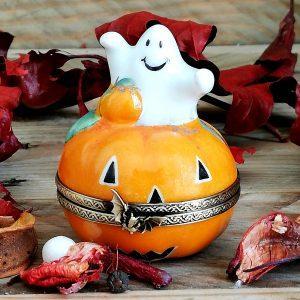 boite citrouille porcelaine avec fantome pour halloween