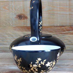 théière porcelaine noire et or fleurs du japon